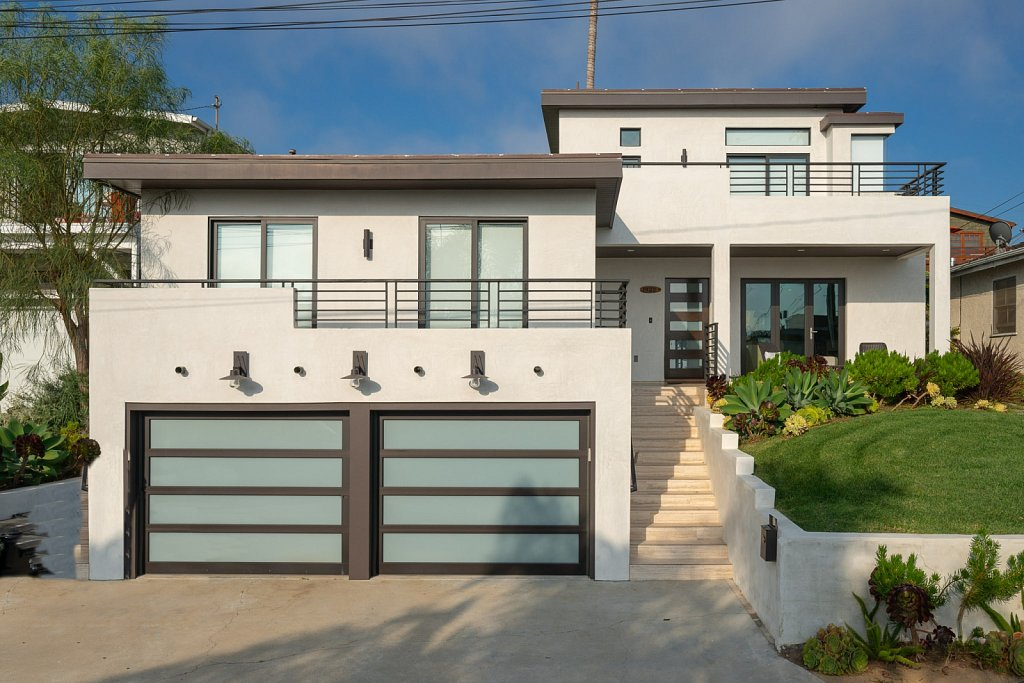 Hermosa Beach Contemporary